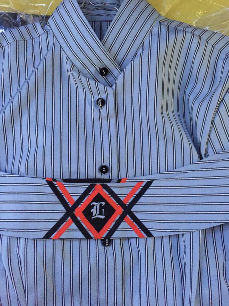 Anna fertigt nicht nur Western Show Clothing, sondern auch Englischkleidung: Custom Shirt für Laura Pfeifer.