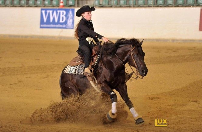 Cora and her allround horse Dont Skip It Up; picture: Figure 8/Dirk Büttner